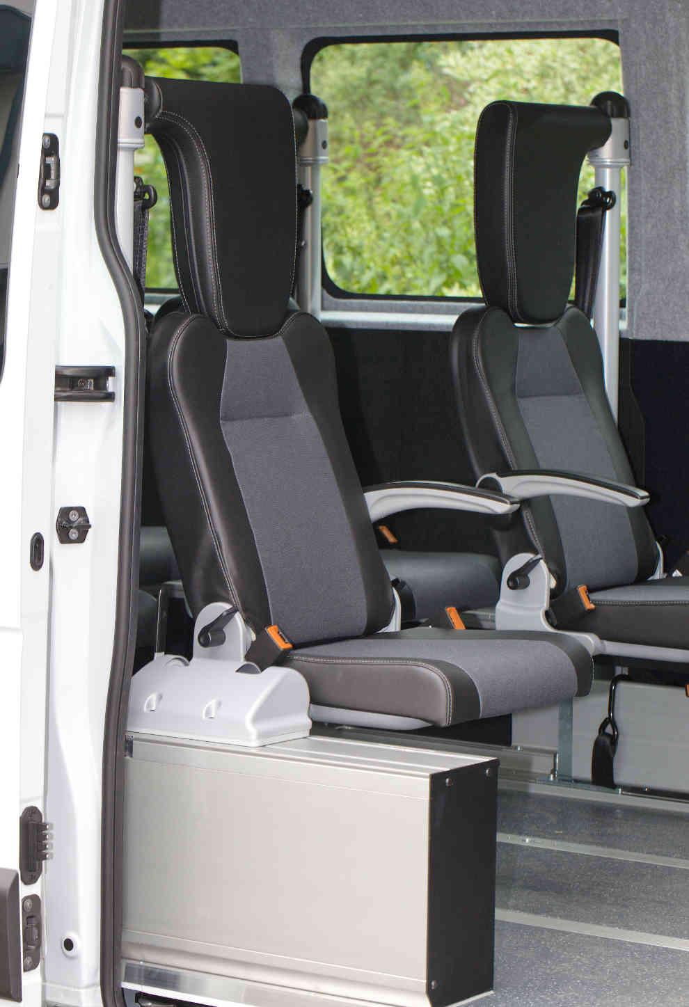 E&B Fahrzeugtechnik Ihr Profi in Tirol für Nachrüstung von Sitzsysteme Rollstuhl Transporter Tiroler Meisterbetrieb Wir warten Ihren Furhpark
